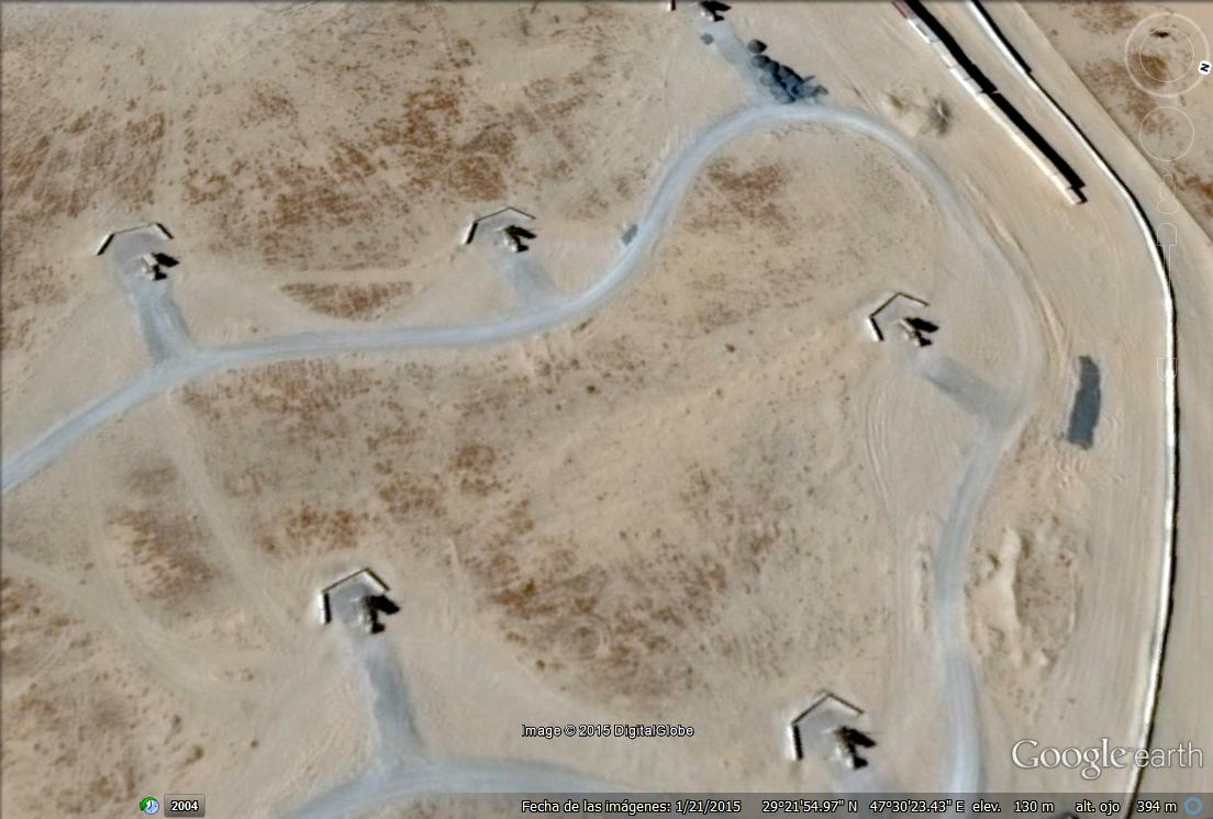 6 camiones con misiles patriot - ali al salem air base.jpg