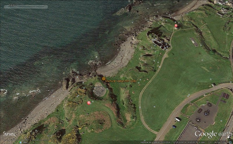 dunure labyrinth (gb).jpg