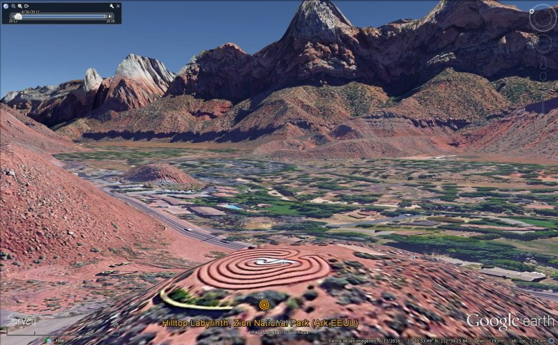 hilltop labyrinth, zion national park (ark,eeuu).jpg