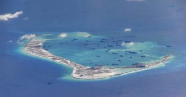 base china en island spratlys.jpg