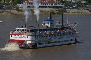 belle of louisville 2.jpg